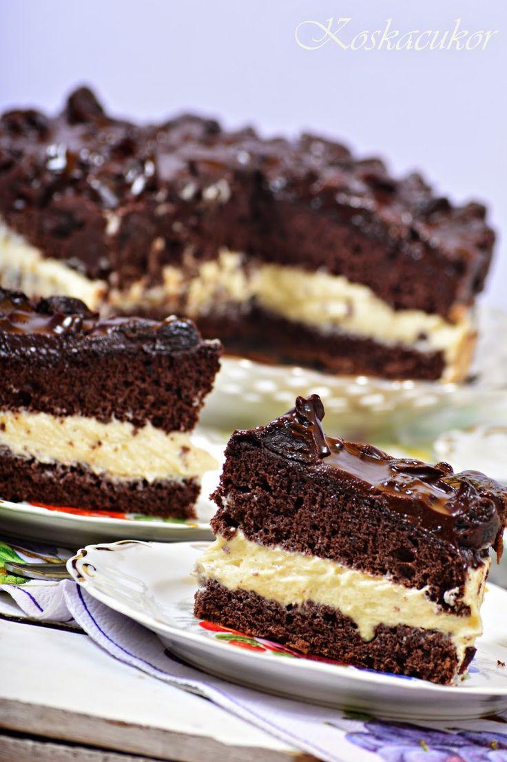 Aszalt szilvás, vanília krémes torta - tönkölyliszttel