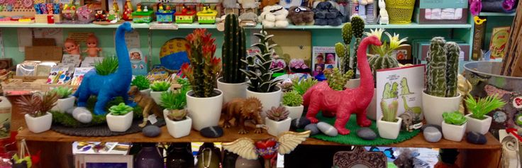 Dinosaur planter pots - great for the young gardener or the young at heart. :)