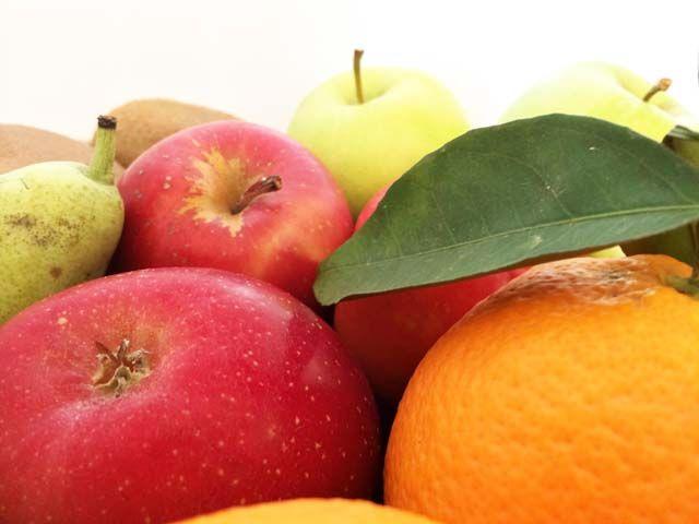 Mivel a cukor kisebb függőséget is okoz, nehezen sikerül leállni az édesség habzsolásból. Pótolja hiányérzetét zöldségekkel, gyümölcsökkel!
