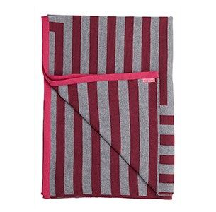 Meta blomme/graa/pink plaid / knitted blanket / 100% wool / made in denmark
