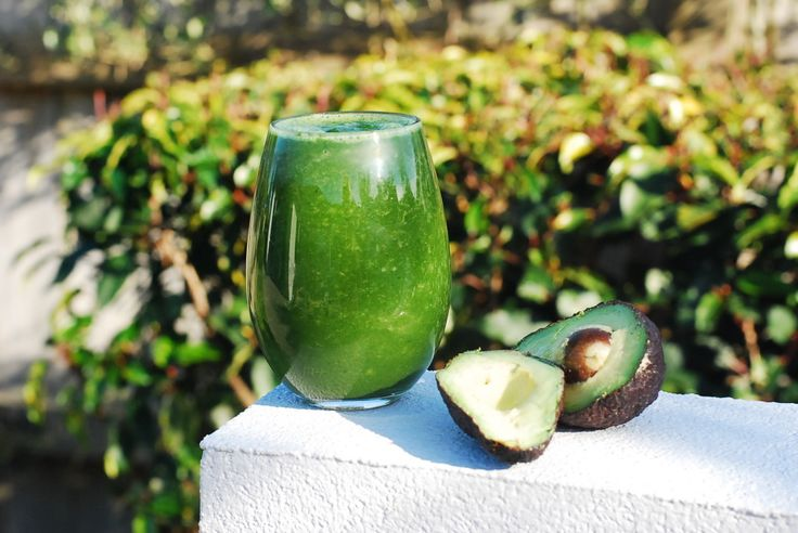 Green Energy Smoothie - Foreverfit.tv :: Fitness | Nutrition | Online Gym. Paleo, raw, vegan, clean eating, gluten free, dairy free