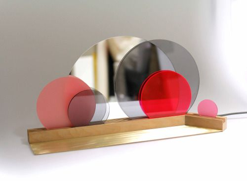 lys  Maike Elberfeld Light Mirror Plexiglas Brass