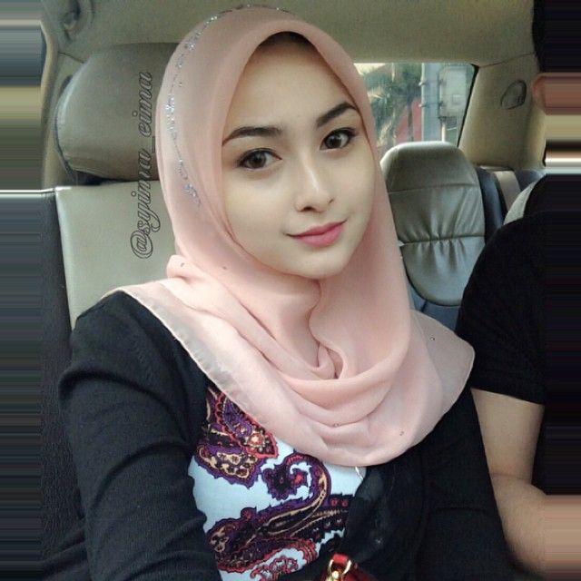"1,469 Likes, 27 Comments - Syma Beauty  (@syima_eima) on Instagram: ""happy saturday saturdate """