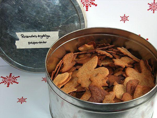 Rosendals kryddiga pepparkakor är också favoriter här hemma. Knäckiga och knapriga.
