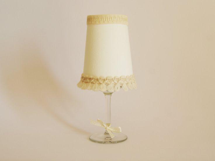 Bicchiere in cristallo portacandela con paralume in cotone panna Porta candela Paralume Shabby chic Idea regalo Centrotavola di GamesOfLight su Etsy