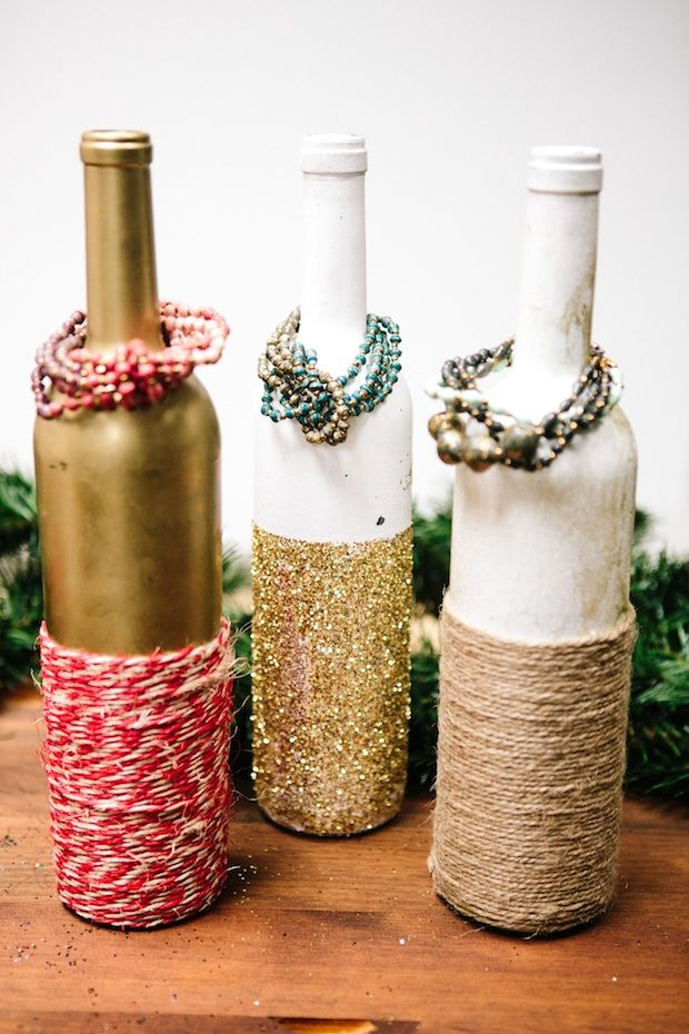 DIY // Super cute, easy, and affordable jewelry display ideas from @31 Bits! #31bits #fashionforgood #diy