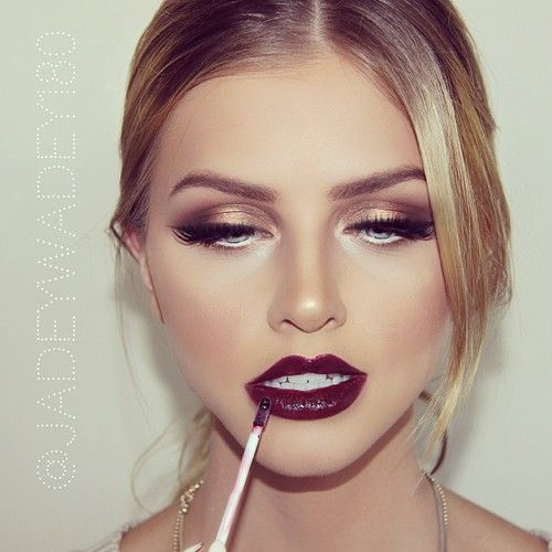 bronze eyes/wine lip