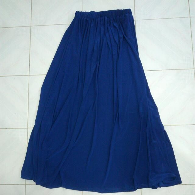 Buy Navy Blue 'A' Line Skirt Include Postage in Shah Alam,Malaysia. Colour : navy blue Material : lycra medium weight material Reason to let go : rarely used Get great deals on Bottoms Chat to Buy