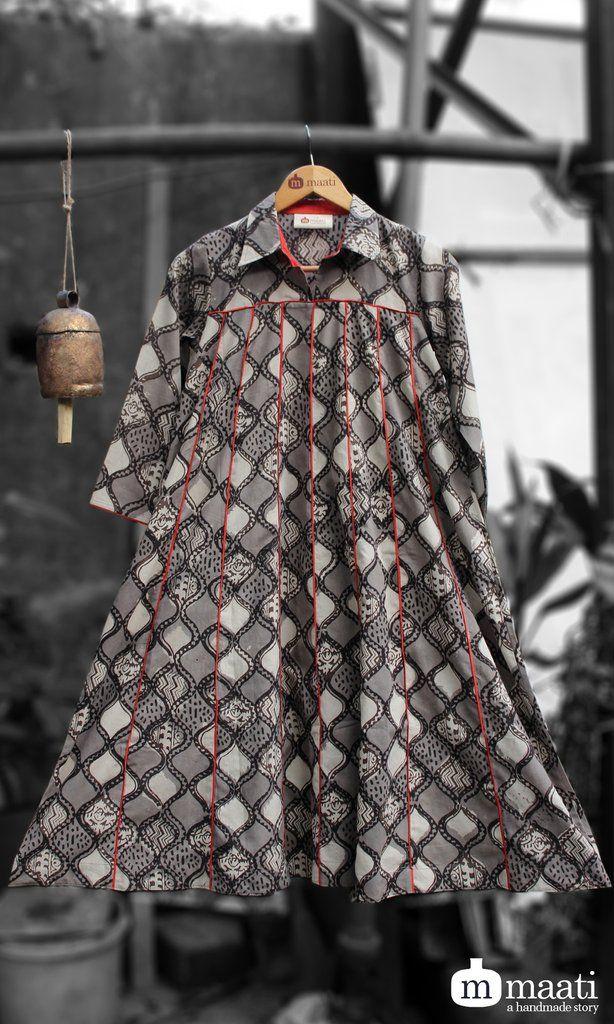 Maati crafts Black Cotton Printed Anarkali Kurti