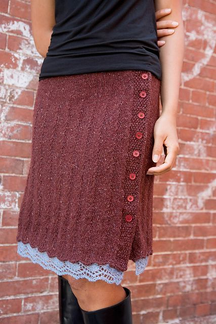 Chelsea Skirt pattern by Cecily Glowik MacDonald. Free pattern via http://www.ravelry.com/patterns/library/chelsea-skirt.
