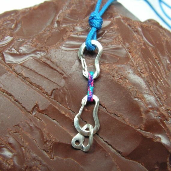 Climbing Quickdraw Necklace with FULLY FUNCTIONAL Carabiners - Rock Climbing Jewelry - Necklace for Climbers - Express Klettern