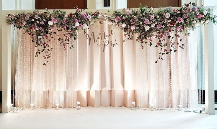 Flower Decoration : Backdrop #wedding #decor #gallery #backdrop l #fleur #fleurbyrainforest #flowers #forest #bride #groom #crystal