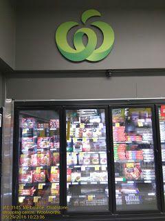 Giant Woolworths Supermarket Logo   Food-And-Drinks Logo Melbourne Supermarket