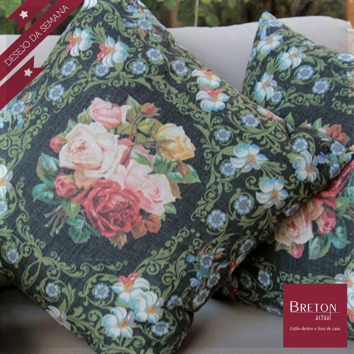 #Desejodasemana Uma dinâmica botânica de cores! Que casa não fica mais aconchegante com as almofadas florais da Breton?  #BretonActual #Breton #AlmofadasFlorais