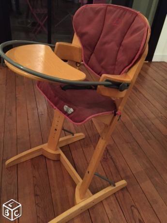 Chaise haute bébé-confort excellent état