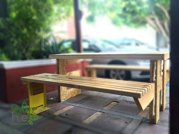 Parklet de madera y acero reciclados. H2E ARQUITECTURA