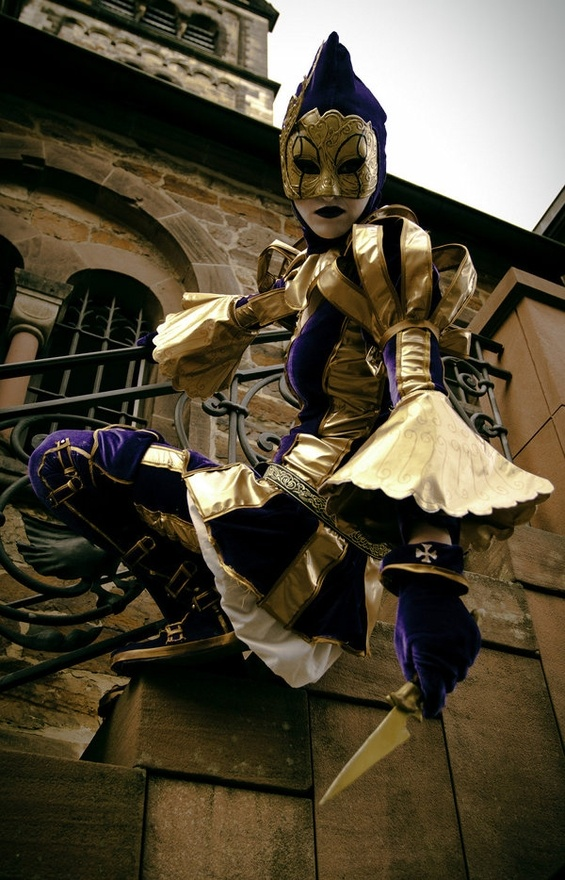 Assassin's Creed Harlequin. This would be a great Halloween costume!!!