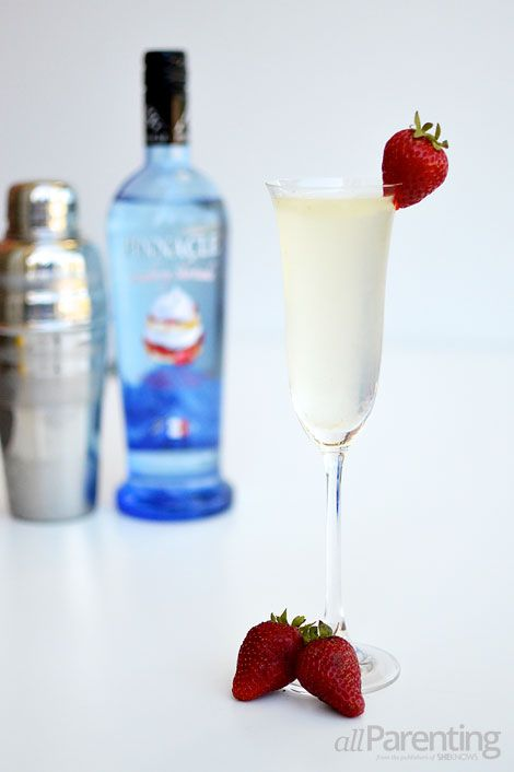 allParenting Strawberry shortcake Champagne cocktail #pinnacle