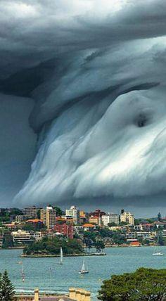 En images - Une sublime tempête frappe Sydney                              …