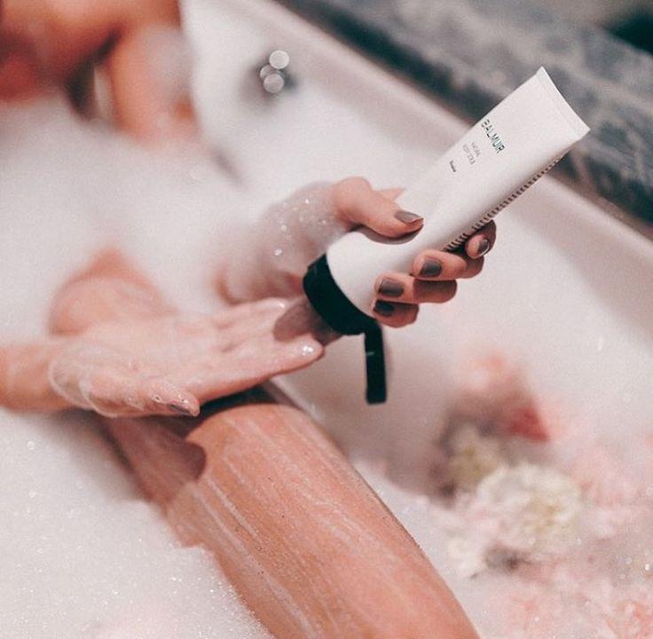 Balmuir spa moment by @kriselda / Instagram. At the Hotel Kämp, Helsinki. Balmuir natural body scrub.