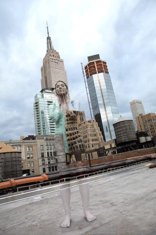 Empire State Building_New York_Skyline_Bodypaint_Body Art_Bodypainter_Iconic_Trina Merry_Janna Pelle_Music Video