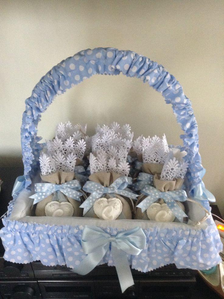 Battesimo bimbo,Cesto e bomboniere