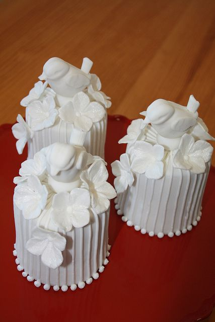 64 best Wedding CakesCupcakes Mini Cakes images on Pinterest
