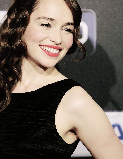 Adoring Emilia Clarke - oh my lord.