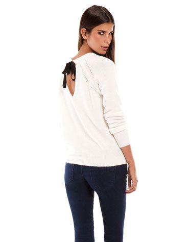 Maglione con fiocco sulla schiena