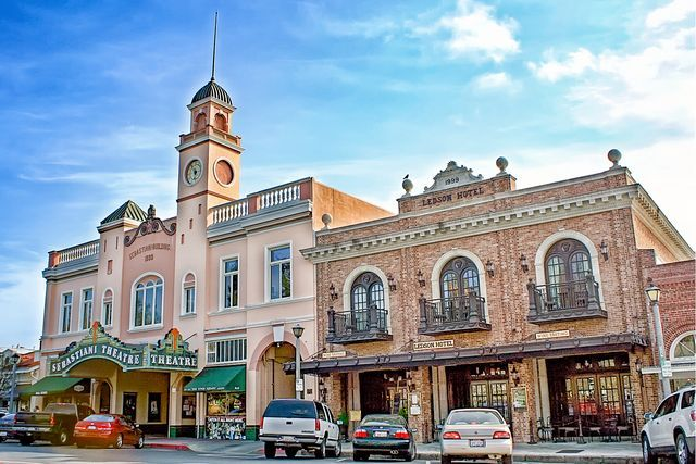 10 Fun Things You Will Love to Do in Sonoma California: Things to Do in the Sonoma Valley and Downtown Sonoma.