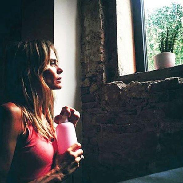 Mens sana in corpore sano, Verónica Blume con su Bkr #bkrbambi en The garage by Veronica Blume #lovemybkr #bkrgirl #cleanwater #menssanaincorporesano