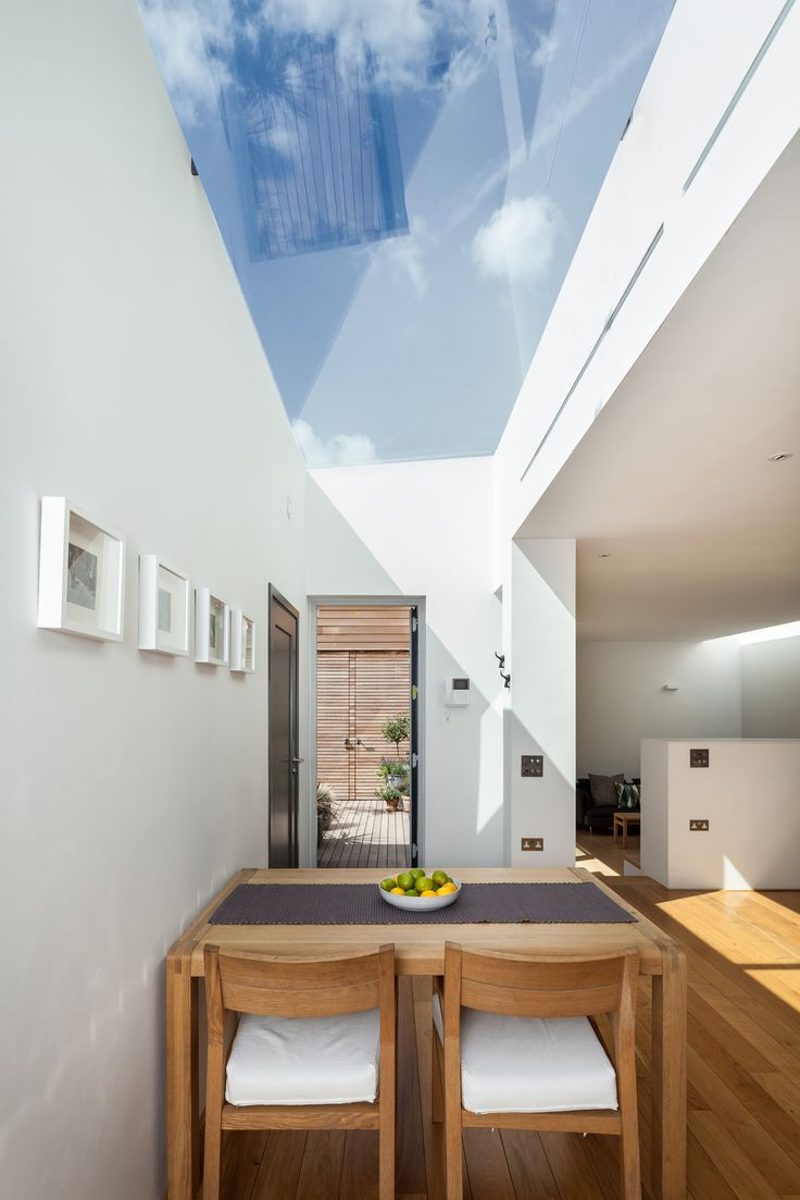 Flushglaze Rooflight Courtyard House, London - Simon Maxwell Photography - Design Cubed Architects