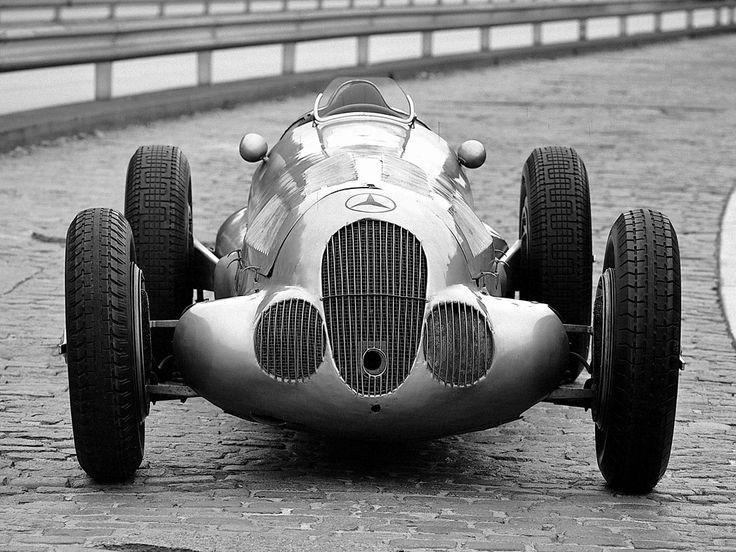 1937 Mercedes-Benz W125: Arrowstreamlin Mercedesbenz, 1937 Mercedes Benz, Mercedesbenz W125, Mercedes Benz W125, Arrows Legendary, Racing Cars, Vintage Racing, Arrows Streamlin Merc Benz, Silver Arrows
