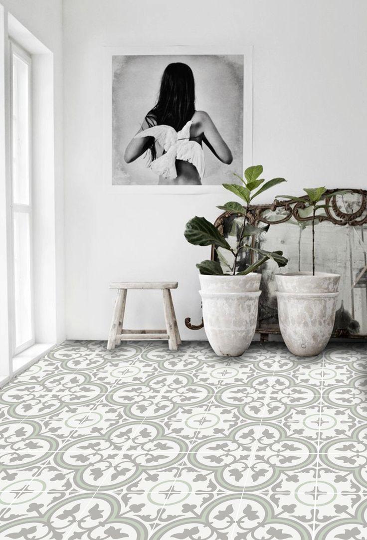 QUADROSTYLE biedt u een nieuwe manier om uw vloeren renoveren zonder het inhuren van een handelaar. Onze vinyl vloer tegel stickers zijn bedoeld ter dekking van uw oude tegels van de vloer. Ideaal voor huurders, deze verhuurder vriendelijk woord stickers kunnen worden verwijderd zonder schade aan de vloer. Gewoon afschilferen van de steun, en hen over uw oude vloer glad. !! GRATIS VERZENDING!! Ontvang gratis verzending voor uw bestelling wanneer u 99,00 dollar of meer besteden. Voer de…