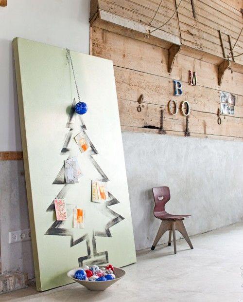 DIY Christmas Tree Display / Painted Christmas Tree