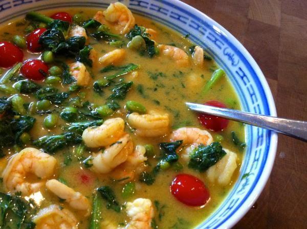 Groene curry met garnalen | etenenzo