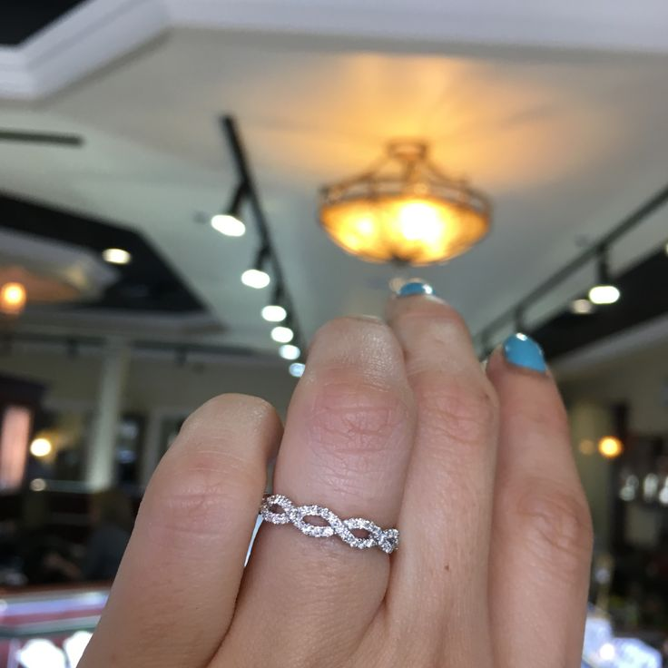 The PERFECT twisted wedding ring! Beautiful diamond infinity ring that's perfect for stacking or wearing alone <3