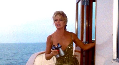 Goldie in Overboard. Love this movie and this dress.