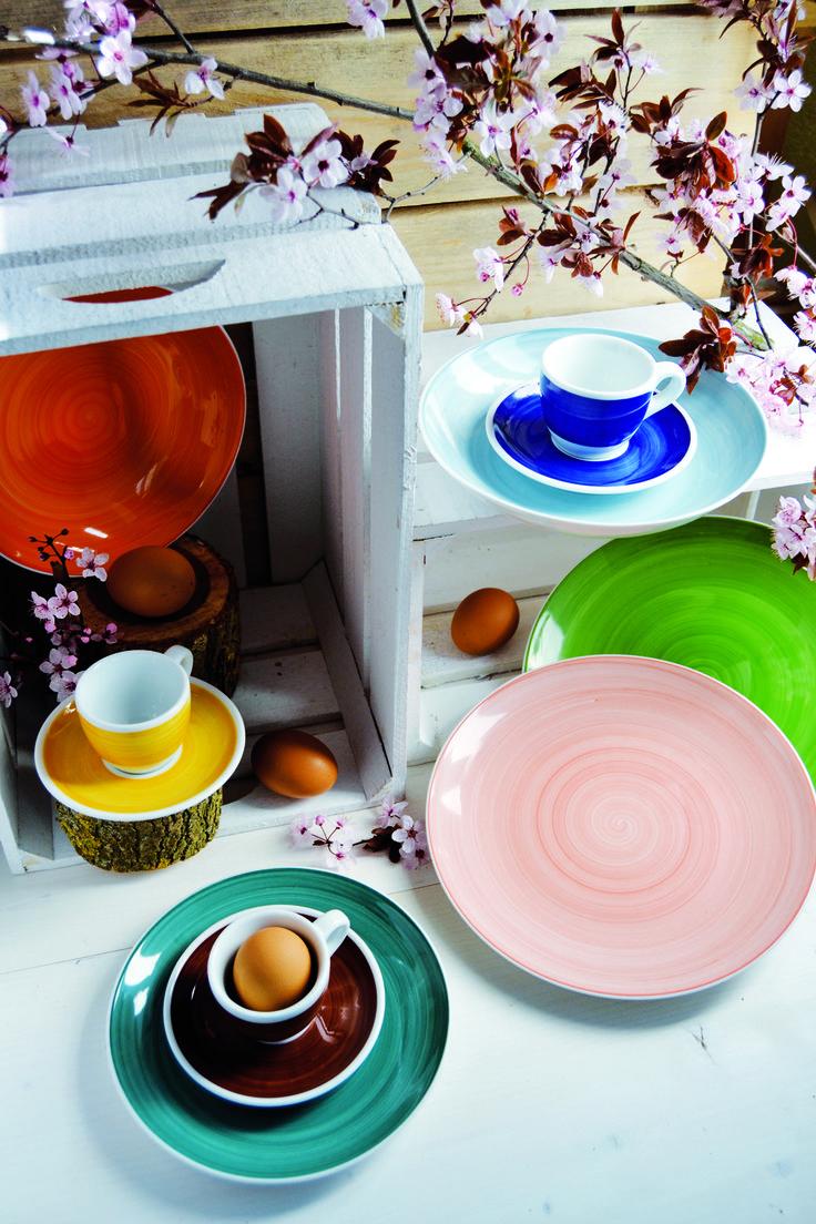Quest'anno #Pasqua si tinge di #fiori e dei brillanti #colori della collezione hand Painted!