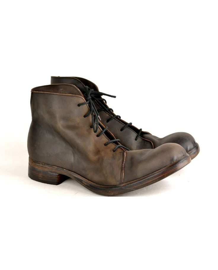 Andrew McDonald – Asym Derby Boot, Burn Choc – Bleached black frisone horse upper. All leather upper, lining, double sole, heel and stiffeners. Rendenbach oakbark tanned sole.