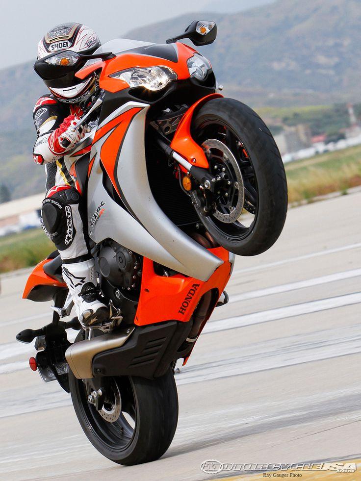 2010 Honda CBR1000RR, LOVE this shot!