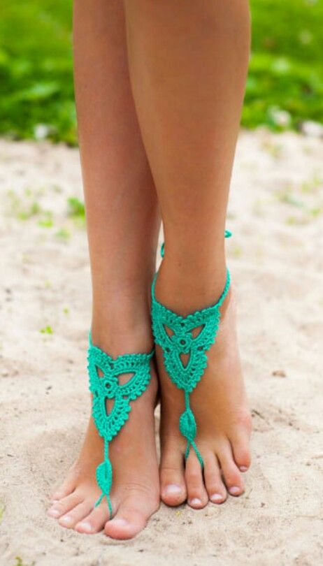 Sexy barefoot sandal