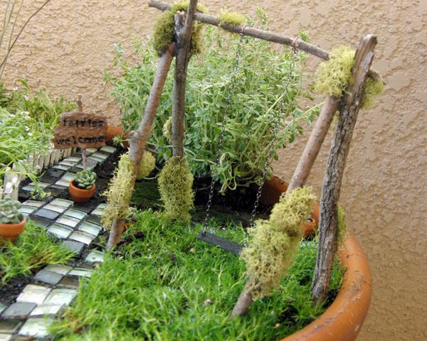 Miniature Fairy Swing Set: Garden Swings, Gardens Swings, Minis Gardens, Fairies Gardens, Fairies Houses, Fairy Gardens, Swings Sets, Miniatures Gardens, Fairies Swings