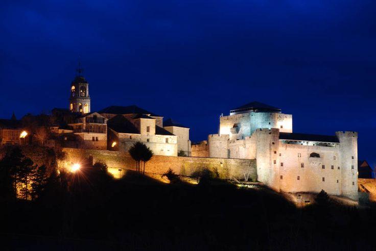 Conjunto Histórico Puebla de Sanabria. Castillo de los condes de  Benavente. España