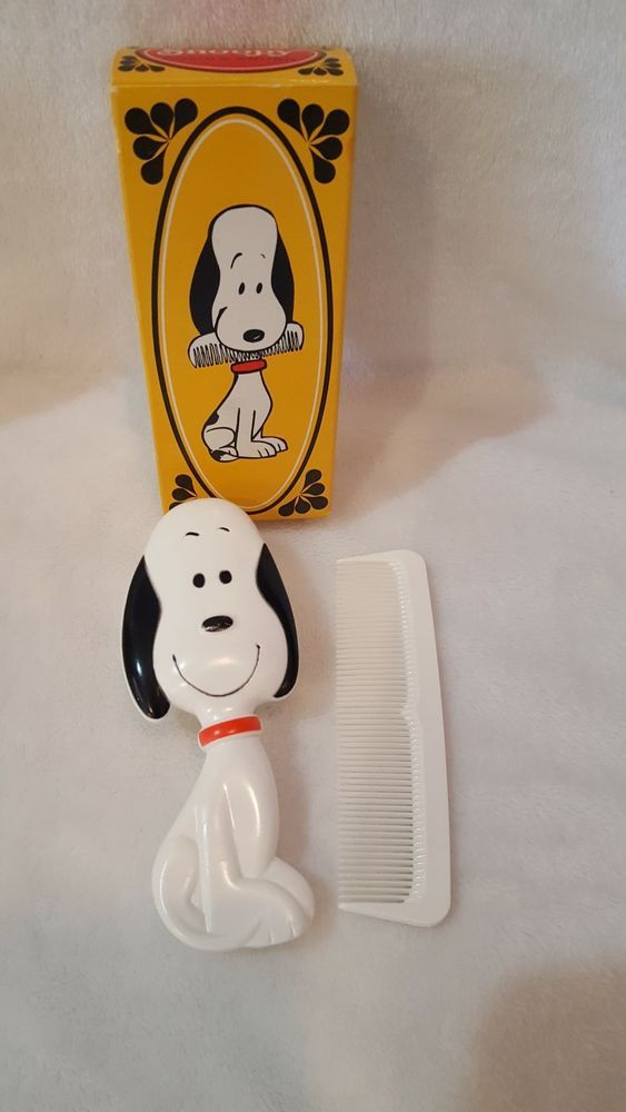 Vintage Avon Snoopy Comb And Hair Brush Set W Box Never Used