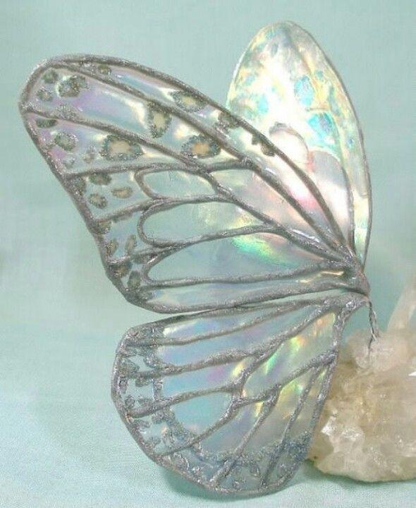 Butterfly glass                                                                                                                                                                                 Más