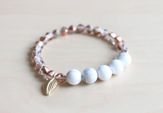 Mala bracelet / howlite mala / yoga jewelry / by HandsLoveJewelry