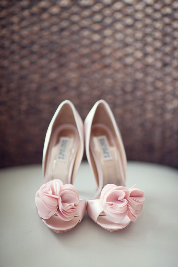 cute #blush colored #shoes: Pink Wedding, Pink Flowers, Fashion Shoes, Wedding Shoes, Gorgeous Shoes, Pink Shoes, Girls Shoes, Badgley Mischka, Bridal Shoes