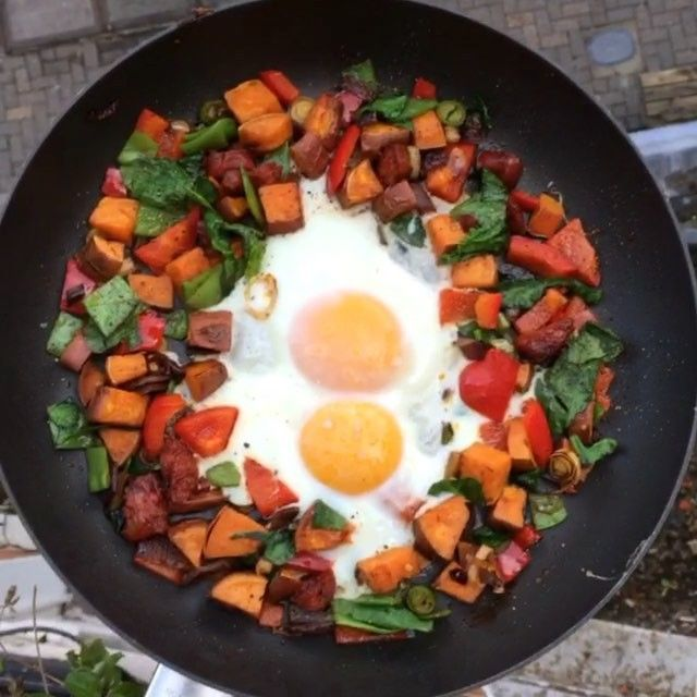 Try my chorizo & sweet potato hash with eggs cooked in @lucybeecoconut oil #Leanin15