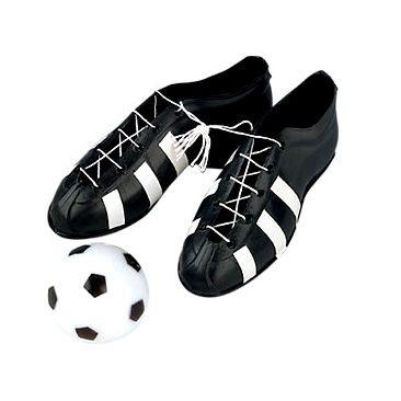 Chaussures et ballon de foot pour l'anniversaire de votre enfant - Annikids